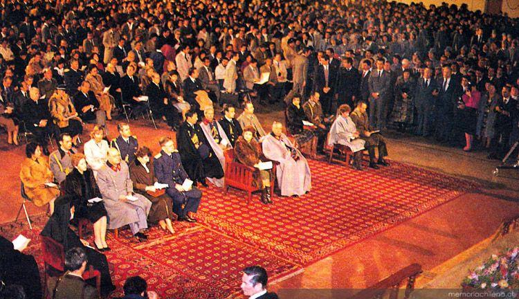 """Pastores """"evangélicos"""" salen en defensa de la constitución pinochetista"""